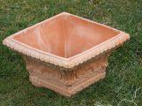 Terracottakrukke – firkantet – sjov facon