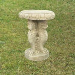 Marmorstol med Løvehoved