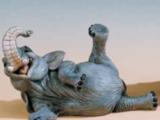 Dyr Elefant liggende – naturtro – resin